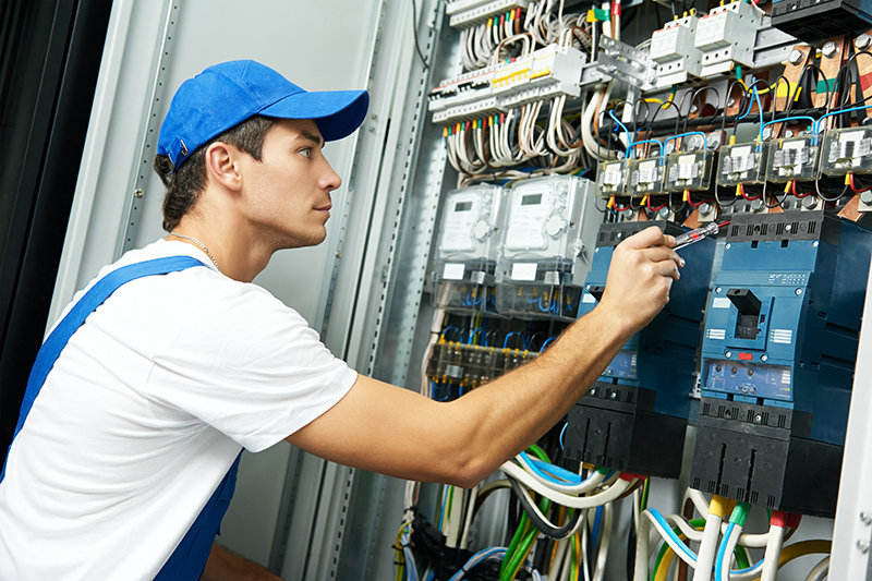 Domestic Electrician in Leicester Leicestershire