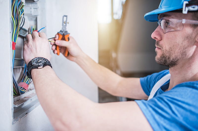 Electrician Qualifications in Leicester Leicestershire